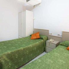 Отель Hostal Ramos Барселона комната для гостей фото 3