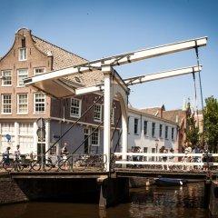 Отель Zwanestein Canal House Нидерланды, Амстердам - отзывы, цены и фото номеров - забронировать отель Zwanestein Canal House онлайн приотельная территория фото 2
