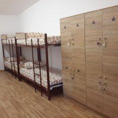 Отель Guest House West Yerevan Кровать в мужском общем номере двухъярусные кровати фото 8