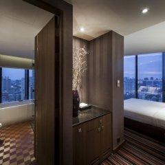 Отель The Continent Bangkok by Compass Hospitality 4* Номер категории Премиум с различными типами кроватей фото 27