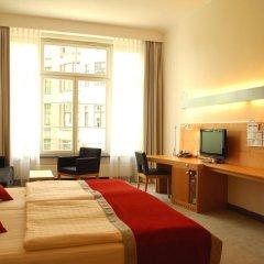 Hotel Alexander Plaza 4* Улучшенный номер с двуспальной кроватью фото 4
