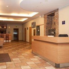 Отель Toss Hotel Латвия, Рига - 11 отзывов об отеле, цены и фото номеров - забронировать отель Toss Hotel онлайн интерьер отеля фото 3