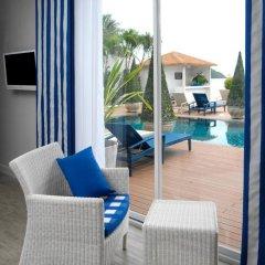 Отель Phuket Boat Quay 4* Улучшенный номер с различными типами кроватей фото 4
