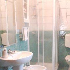 Отель Agriturismo Casale Il Gallo Bianco Озимо ванная