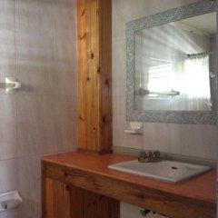 Отель The View Guest House Ямайка, Монтего-Бей - отзывы, цены и фото номеров - забронировать отель The View Guest House онлайн ванная