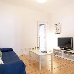 Отель Feels Like Home - Alegria Flat at Príncipe Real Португалия, Лиссабон - отзывы, цены и фото номеров - забронировать отель Feels Like Home - Alegria Flat at Príncipe Real онлайн комната для гостей фото 2