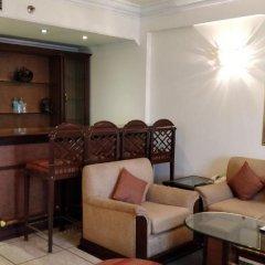 Отель The Suryaa New Delhi 5* Люкс повышенной комфортности с различными типами кроватей фото 11