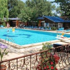 Hotel Majestic Mamaia бассейн фото 3