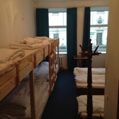 Отель Budget Central 2* Стандартный семейный номер с двуспальной кроватью фото 12