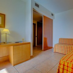 Отель SBH Club Paraíso Playa - All Inclusive 4* Стандартный семейный номер разные типы кроватей фото 5