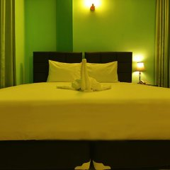 Отель Grace Beach Inn Мале комната для гостей фото 4