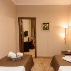 Отель King David 3* Стандартный семейный номер с двуспальной кроватью фото 12