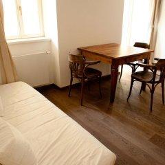 Апартаменты Pod Slovany Apartment Прага удобства в номере