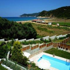 Отель Aselinos Suites бассейн фото 2