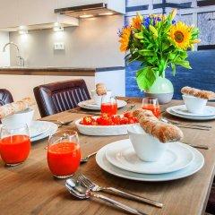 Апартаменты Yays Oostenburgergracht Concierged Boutique Apartments питание
