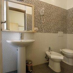 Lux Hotel Durante 2* Стандартный номер с различными типами кроватей фото 12