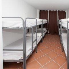 Galaxy Star Hostel Barcelona Кровать в женском общем номере с двухъярусной кроватью фото 3