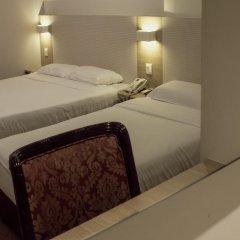 VIP Hotel 2* Улучшенный номер с двуспальной кроватью фото 3