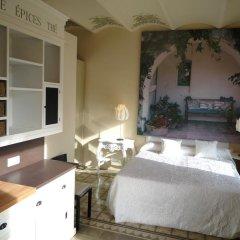 Отель El Petit Palauet Люкс с различными типами кроватей