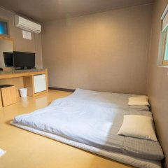 Beewon Guest House - Hostel комната для гостей фото 3