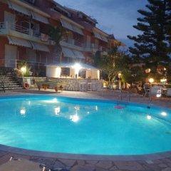 Отель Stefanos Place Греция, Корфу - отзывы, цены и фото номеров - забронировать отель Stefanos Place онлайн бассейн фото 2