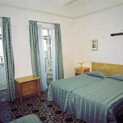 The British Hotel 2* Стандартный номер с 2 отдельными кроватями фото 2