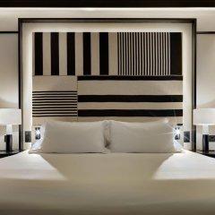 Отель H10 Marina Barcelona сейф в номере