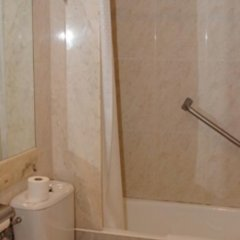 Отель Hostal Alemana Сан-Себастьян ванная фото 2