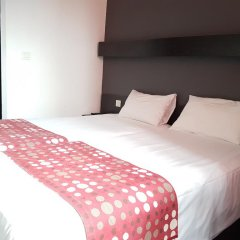 Best Hotel - Montsoult La Croix Verte комната для гостей фото 4