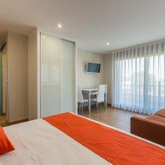 Отель Apartamentos La Bolera Испания, Арнуэро - отзывы, цены и фото номеров - забронировать отель Apartamentos La Bolera онлайн комната для гостей фото 5