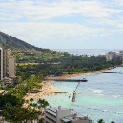 Отель Waikiki Beachcomber by Outrigger 3* Стандартный номер с различными типами кроватей фото 5