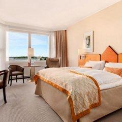 Отель Hilton Helsinki Strand 4* Представительский номер с двуспальной кроватью фото 4