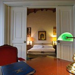 Hotel La Fenice Et Des Artistes 3* Люкс с различными типами кроватей фото 7