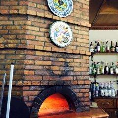 Отель Vila Kapiten гостиничный бар