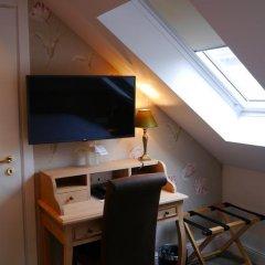 Hans Memling Hotel 3* Стандартный номер с 2 отдельными кроватями фото 12