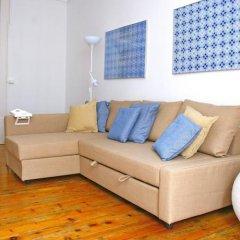 Апартаменты Tiles Apartment Лиссабон комната для гостей фото 2