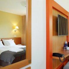 Oru Hotel 3* Улучшенный номер с двуспальной кроватью фото 2