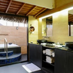 Отель Adaaran Prestige Vadoo 5* Вилла с различными типами кроватей фото 18