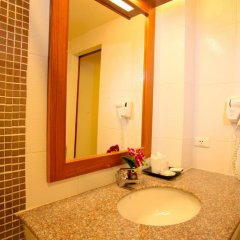 Orchid Garden Hotel 3* Улучшенный номер с двуспальной кроватью фото 9