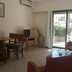 Отель Panareti Paphos Resort 3* Студия с различными типами кроватей фото 10