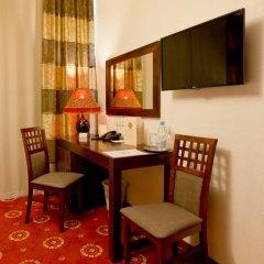 Columbus Hotel 3* Стандартный номер с двуспальной кроватью фото 13