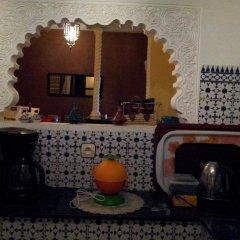 Отель Riad Les Portes De La Medina питание