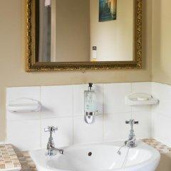 Отель The New Inn ванная