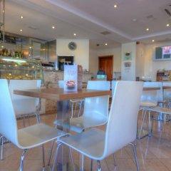Отель Plaza Regency Hotels гостиничный бар