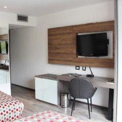 Porton Medellin Hotel 4* Номер категории Эконом с двуспальной кроватью фото 6
