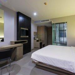 At Patong Hotel 4* Номер Делюкс двуспальная кровать фото 10