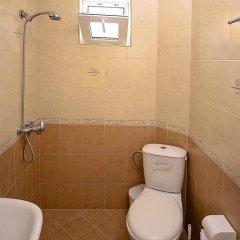 Отель Villa Karina ванная фото 2