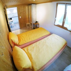 Отель Chalet Weidhaus Ferienwohnung & Zimmer комната для гостей