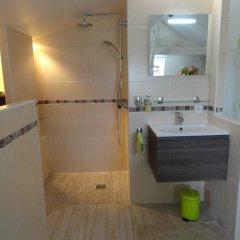 Отель B&B l'Améthyste Сомюр ванная