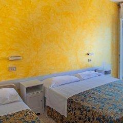 Hotel Spring Римини комната для гостей фото 5